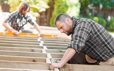 DECKS REPAIR VS. DECK REPLACEMENT – WHICH ONE DO YOU NEED?